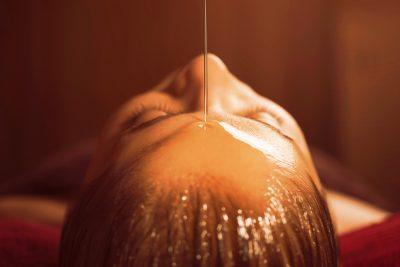 Las mejores 4 terapias Ayurvédicas para balancear tu mente y tu cuerpo